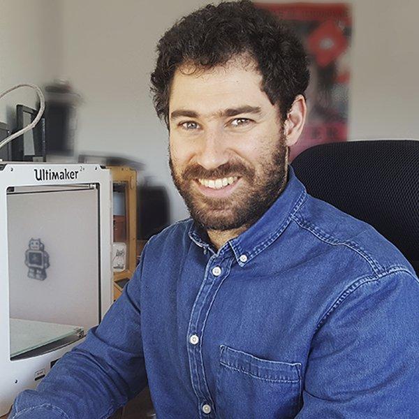 Photo of Alejandro Lozdziejski