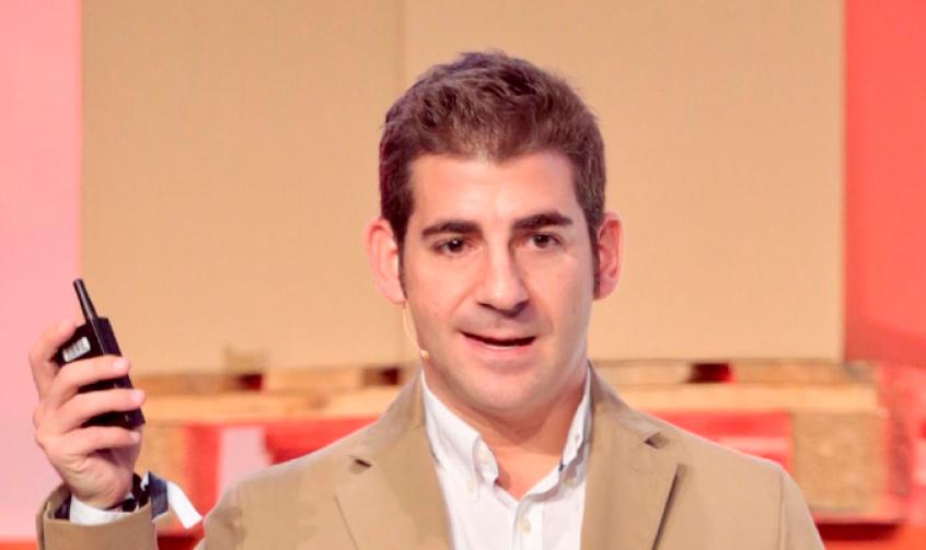 Photo of Carlos Sánchez